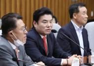 """'합당 추진' 회견 하루 만에 심경 밝힌 원유철 """"분하고 억울"""""""