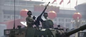 중국, 코로나 충격에도 국방예산 약 220조원으로 증액...미국과 충돌 대비?