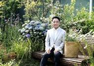 엔씨 김택진 '플라워 버킹 챌린지' 동참…다음 주자는 넷마블 방준혁