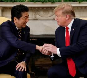 트럼프가 오라는데 안 갈수도 없고… G7 미국 정상회담 제안에 고민 빠진 아베
