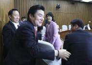 한국당도 결국 통합당 합당…비례정당 3개월만에 역사속으로