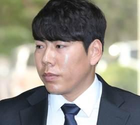 [김식의 야구노트] 강정호, 시장의 징계가 아직 남았다