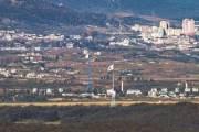 [사진] 대성동마을 가로 19m 태극기 교체