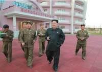 유치원서 담배 문 김정은 모습 사라질까...코로나 확산에 북한은 금연 운동중