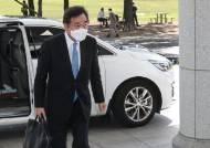 당대표 출마 굳힌 이낙연…민주당은 '당헌 개정' 꽃길 깐다