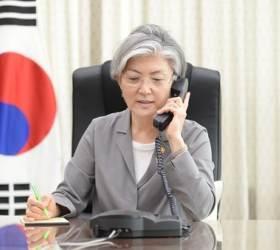 """WTO 분쟁 재개 다음날···강경화·모테기 """"내가 유감"""" 충돌"""