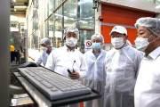 신동빈, 코로나 속 첫 생산현장 방문…특히 관심보인 '이것'은