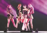 레이디 가가·블랙핑크·비욘세…센 언니들 빌보드 접수