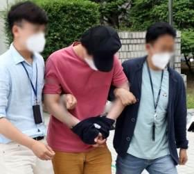 CCTV에 딱 걸린 '어깨빵'···서울역 <!HS>묻지마<!HE> <!HS>폭행<!HE>범 영장 재신청