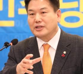 대구 경제<!HS>부시<!HE>장 빈자리…권영진, 홍의락 전 의원에 제의