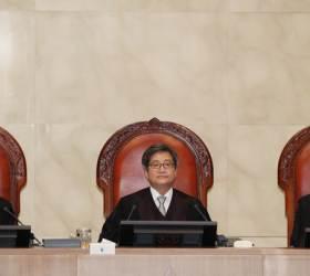 文정부 '시행령 정치' 탄력받나, 대법 1표차 판결이 던진 질문
