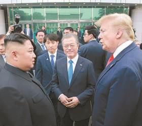 """<!HS>김정은<!HE>·<!HS>트럼프<!HE> 모두 문 대통령 <!HS>판문점<!HE> 동행 원치 않았다"""