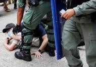 """中겨냥 연일 보안법 때리는 폼페이오 """"홍콩, 공산당 도시 전락"""""""