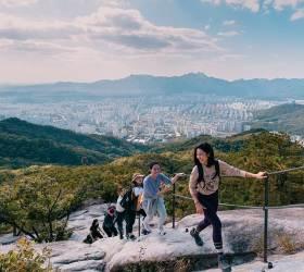 '산린이'를 위한 등산 준비물···레깅스 말고 등산화부터 사라