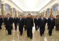 비건 방한과 겹친 김일성 주석 사망 26주기…김정은 참배