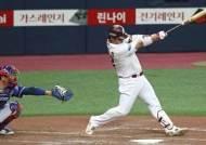 '원조 4번' 박병호와 '1일 4번' 이정후가 합작한 키움 승리