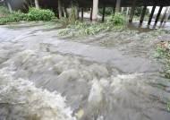 北에서 장마전선 내려온다, 월요일 출근길 돌풍 동반한 폭우