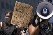美, 7월 취업자 176만명 늘어…실업률도 석달 연속 하락