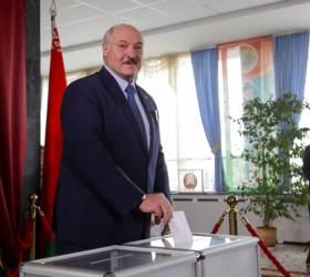 '유럽 마지막 <!HS>독재자<!HE>'에 반기…벨라루스 시위 3000명 체포, 1명 사망
