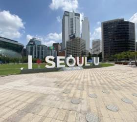 [<!HS>서소문사진관<!HE>] 23일 정오 텅빈 서울 도심<!HS>,<!HE> 코로나 19 대확산의 긴장감만 가득