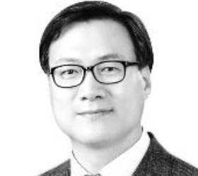 [<!HS>시론<!HE>] 재고해야 할 검찰청법·형사소송법 대통령령 개정안