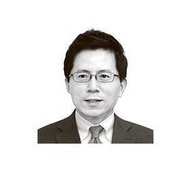 [<!HS>이영종의<!HE> <!HS>평양오디세이<!HE>] 그 해 여름처럼…벼랑 끝에 선 북한의 '주체 경제'