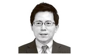 [이영종의 평양오디세이] 그 해 여름처럼…벼랑 끝에 선 북한의 '주체 경제'