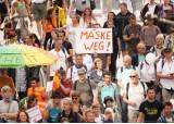 """""""더는 못참겠다"""" 유럽 '노 마스크' 시위, 그 뒤엔 자유 외침"""