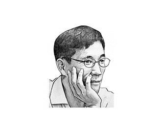 [진중권의 퍼스펙티브] 촛불 정권, 연성 독재로 전락했다