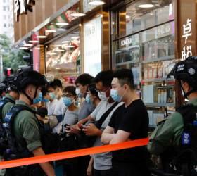 <!HS>홍콩<!HE>시민들<!HS>,<!HE> 보안법에도 대규모 거리 <!HS>시위<!HE>…289명 체포