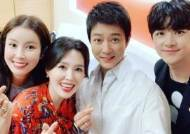 """최수종♥하희라, 이태란·천둥과 '라스' 본방사수 독려 """"감사한 인연"""""""