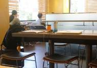 """뽑는 곳도 공부할 곳도 없다···""""내가 뭘 잘못했나"""" 취준생 눈물"""