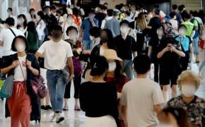 [단독]세자리수 확진 집회탓? 정부 8월내내 여행장려 계속