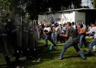 """""""물 내놔""""…멕시코, 미국 국경 코앞서 '물 전쟁' 벌인 까닭은"""