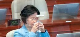 """추미애의 당직병 '카더라' 공격 아들 군 동료마저 """"황당하다"""""""