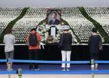 """""""내년 1월엔 내가 자리 만들게요"""" 박원순의 마지막 만찬 약속"""