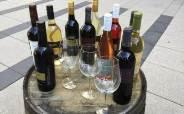 '혼술' 유행에 와인 수입액 늘고 위스키 수입액 줄어