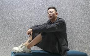 """런던패션위크 데뷔한 디자이너 이재형 """"옷은 가장무도회의 가면이다"""""""