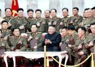 """[단독]""""계몽군주""""라는 김정은, 군부대 시찰 3년간 3배 늘었다"""