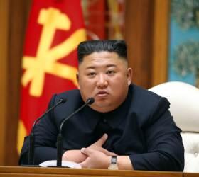 """[속보] <!HS>김정은<!HE>, '코로나 확진' <!HS>트럼프<!HE>에 위문 전문…""""완쾌 기원"""""""