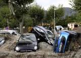 집 수십채가 와르르…코로나 이어 태풍 덮친 유럽