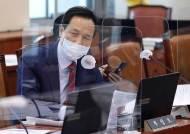 """'피살 어떻게 정권 책임?'우상호에…진중권 """"말이라도 그러면 안돼"""""""