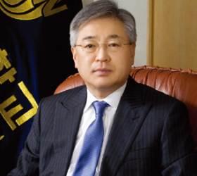 '교비로 변호사비 충당' 이인수 전 수원대 총장 벌금형 확정