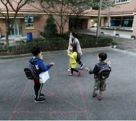 유초등 교육도 양극화…서울서 영어<!HS>유치원<!HE>·<!HS>사립<!HE>초 졸업하면 최대 1억 들어