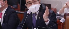"""태영호 """"<!HS>김정은<!HE> '비핵국가에도 선제공격' 새 독트린 선언한 것"""""""