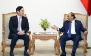 베트남, 삼성에 반도체 SOS한 이유…인텔 철수 우려 때문