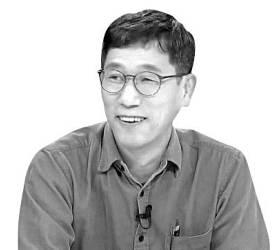 """진중권 """"금태섭 탈당은 <!HS>민주당<!HE>이 불통 집단 변질됐다는 증명"""""""