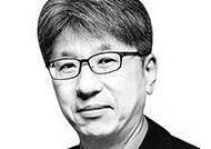 """[신용호의 시선] '금기' 깨는 김종철 정의당 대표 """"이낙연, 이재명에 자극 받아야"""""""