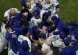 [속보] LA 다저스, 탬파베이 꺾고 32년 만에 <!HS>월드시리즈<!HE> 우승