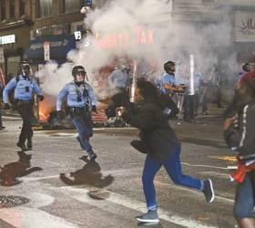 최대 격전지 펜실베이니아 시위 격화, 백인 표심 어디로